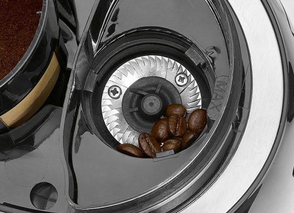 Mlinček v aparatu za kavo Clatronic z mlinčkom Ka 3701